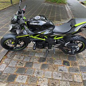 Fahrschule-Galts-Startseite-Fahrzeuge-Motorrad-Kawasaki